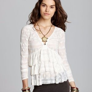 Like new Free People sweet dreams lace ruffle top